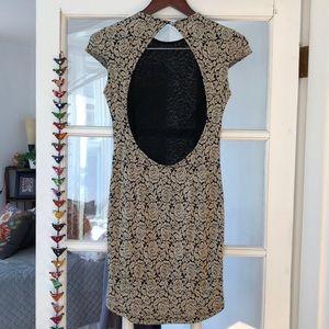 Dolce Vida Open Back w/ Rose Pattern Dress. S